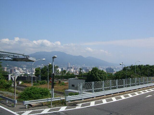 琵琶湖に向かって No1