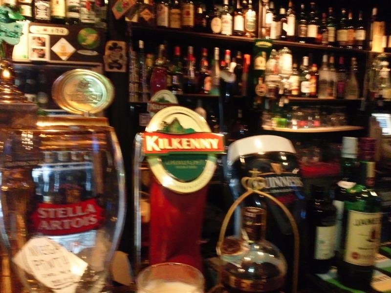 Irish cream aleのKilkennyがお薦め。Stella artoiはベルギービールとのことですが、ちょっとすっきりしすぎかな