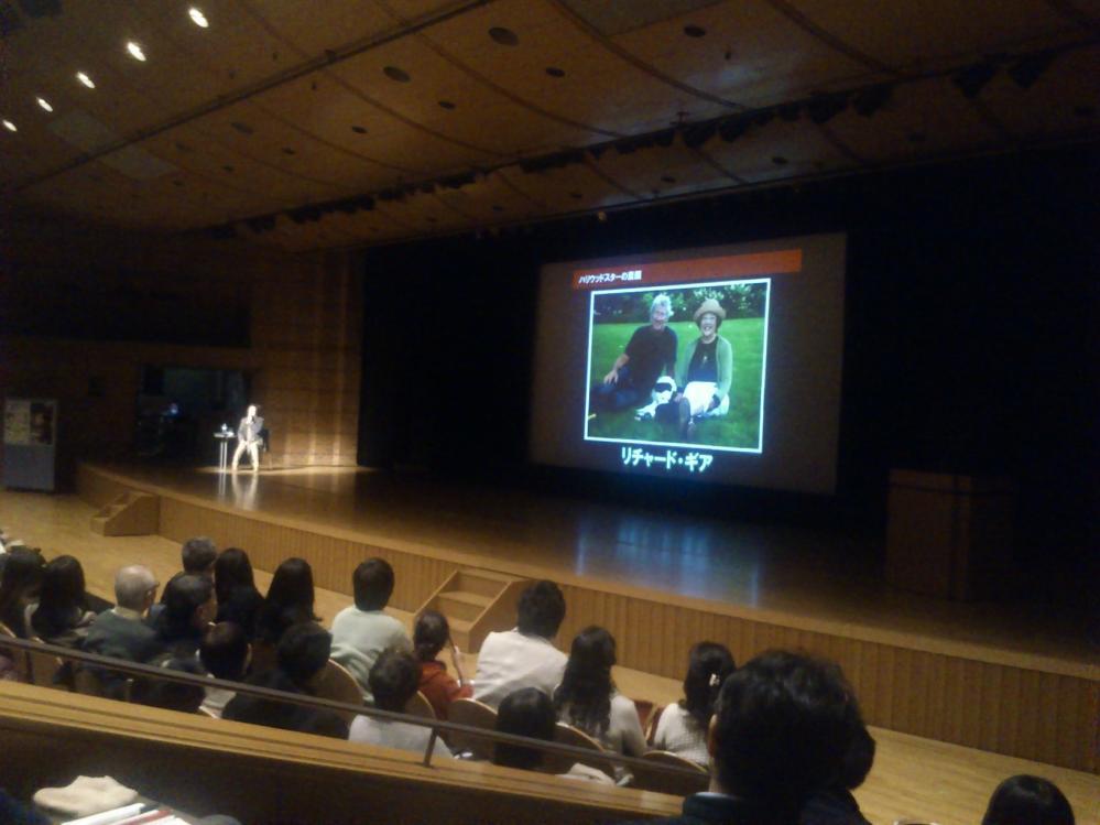 ハーディホール。 ちょうど戸田 奈津子さんの講演が行われていた