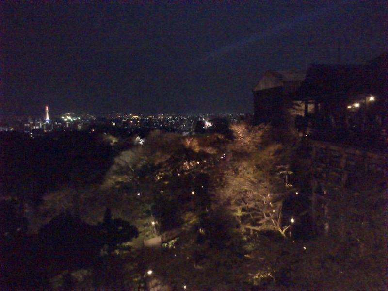 清水の舞台と京都タワー