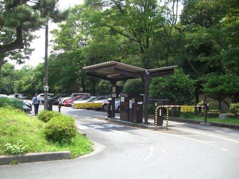 清和院駐車場